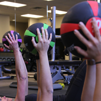 BodySport Medicine Ball - exercising with ball in a group