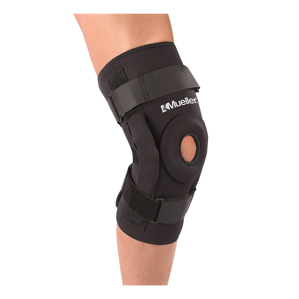 Mueller Sports Medicine PRO-LEVEL Deluxe Hinged Knee Brace